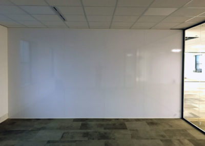 Whiteboard Quarter Podium